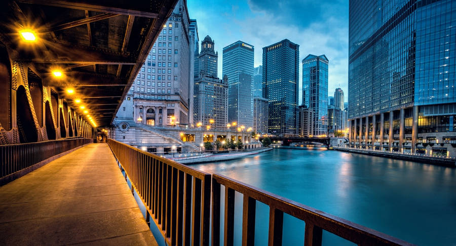Top Wallpaper Night Chicago - chicago-river-at-night-wide-wallpaper-3840x2400  HD.jpg