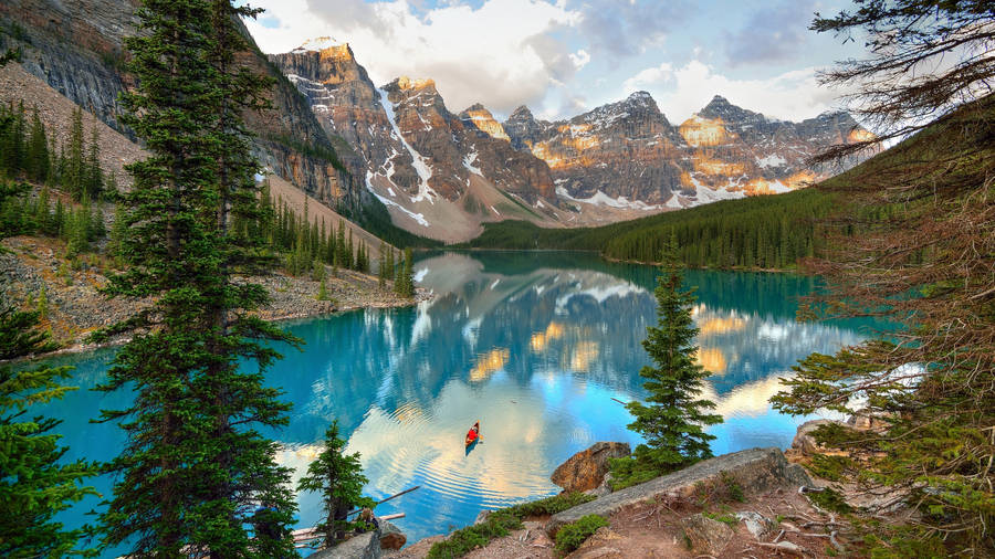 Blue sky over the mountain lake