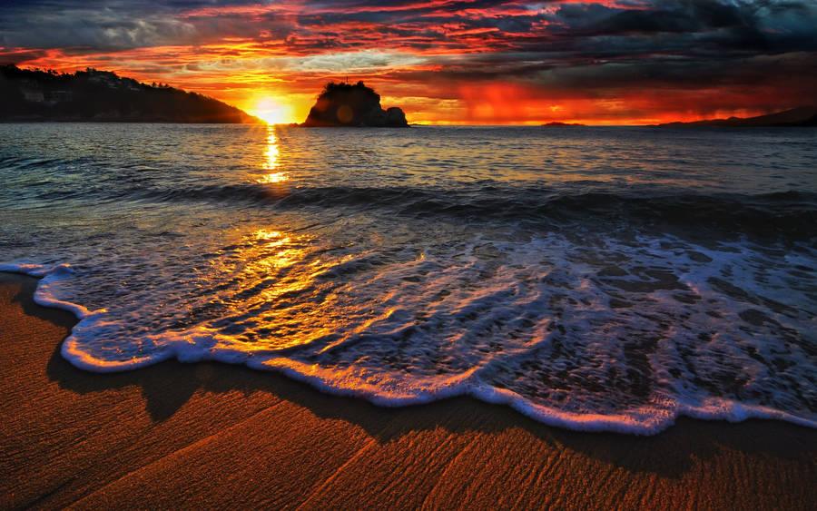 Sunset At The Mountain Lake Wallpaper 968195