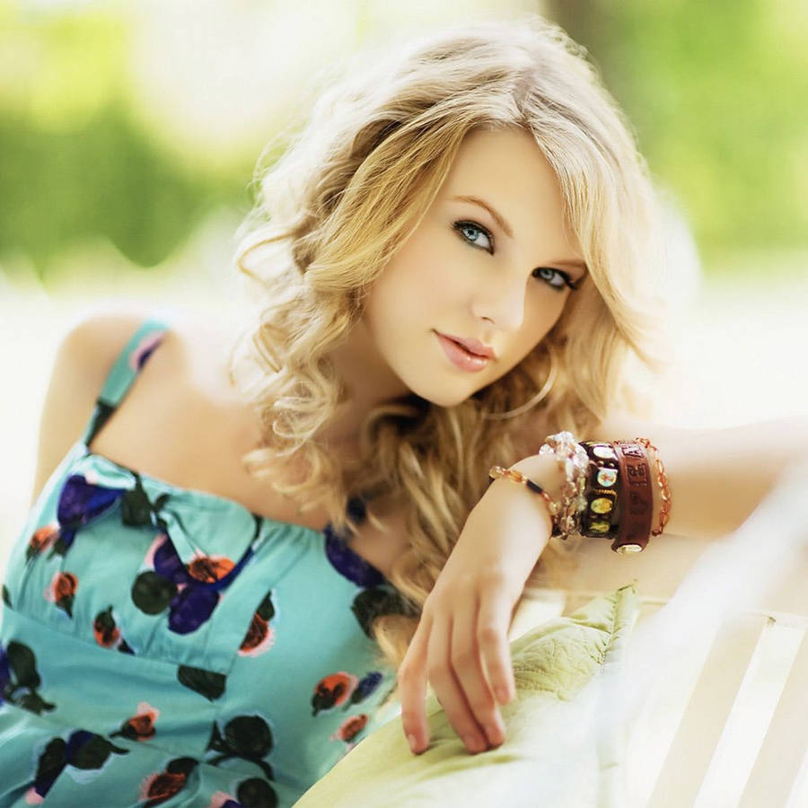 Taylor Swift Hd Wallpaper Top Wallpapers